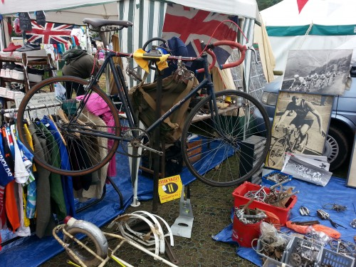 'pre-loved bicycles, cogs, bells, gears, handlebars and saddle bags are given the chance of a new life'